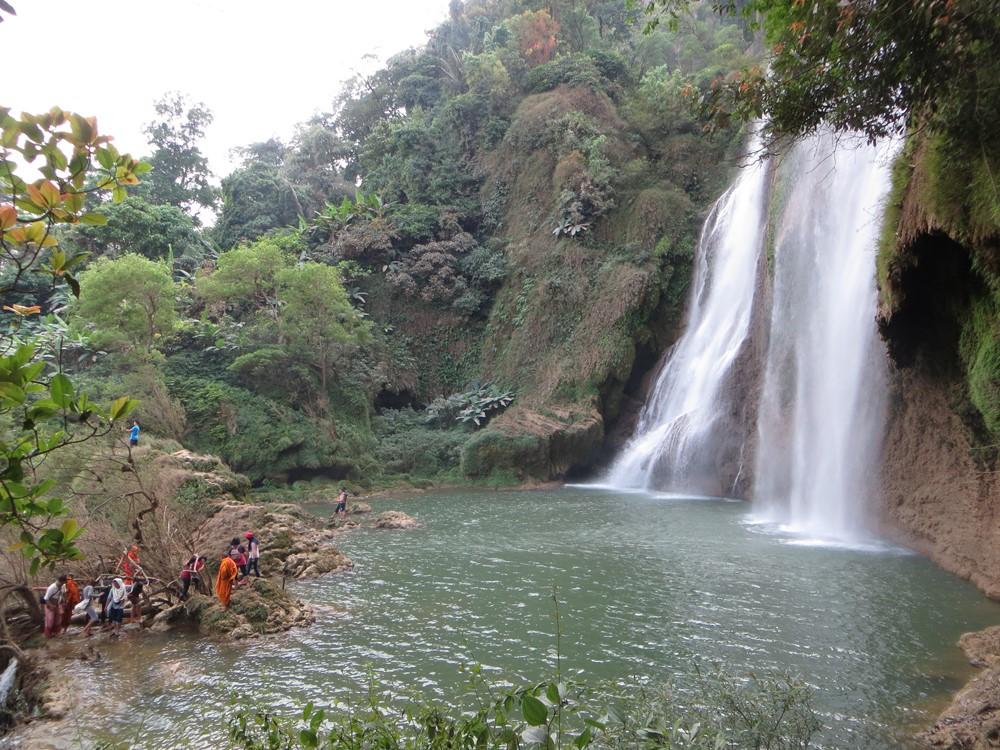 Thi Lor Su waterfall