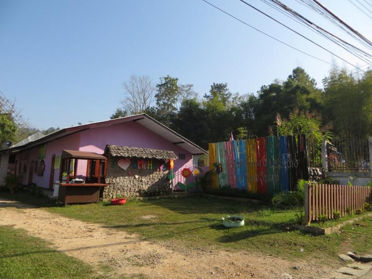 Ecole à Umphang