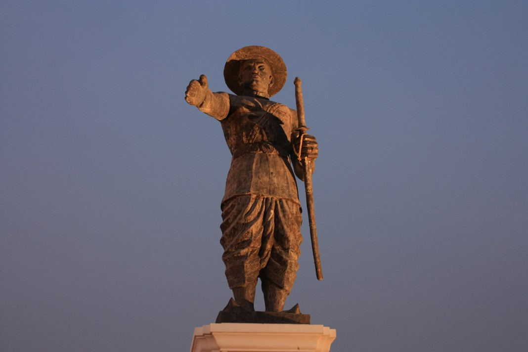 Statue Chao Anouvong